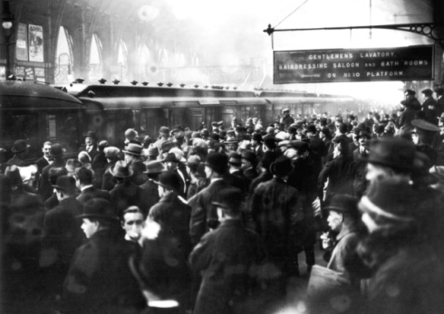 Not your usual rush hour at King's Cross. This was the crowd that gathered to see Agatha returning after the long 11 missing days.